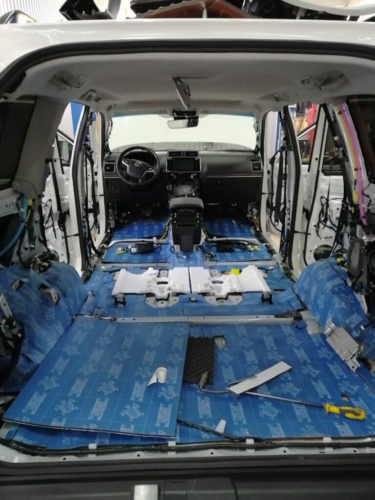 Полная шумоизоляция автомобиля Toyota Land Cruiser Prado